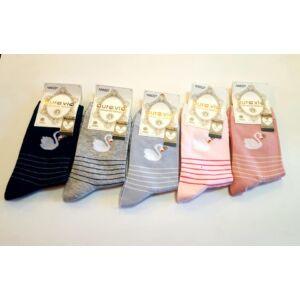 hattyú mintás női zoknik 5 pár