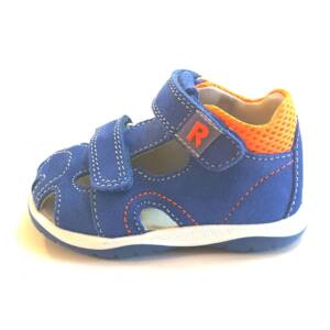Richter baby shoes in Budapest 16